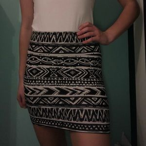 Bodycon tribal printed skirt